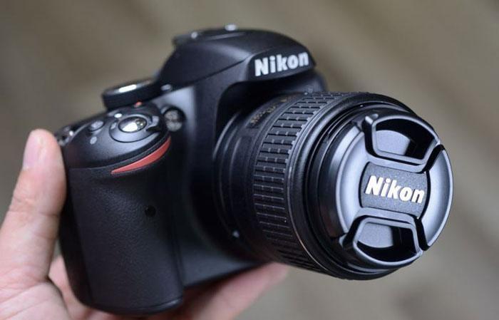 nên mua máy ảnh nào