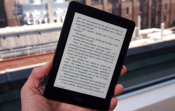 Nên Mua Máy Đọc Sách Nào Tốt & Giá Rẻ 2021