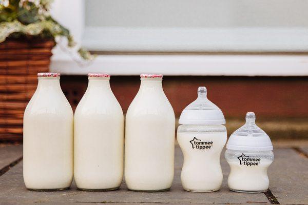 Bình sữa cổ rộng Tommee Tippee 4